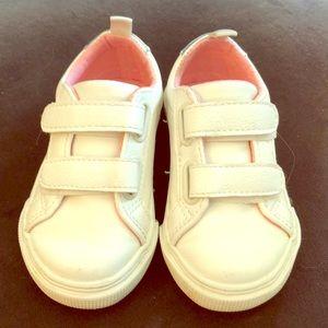 White kids sneakers